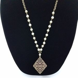 ~ Statement Necklace Faux Pearl Gold Tone Filigree